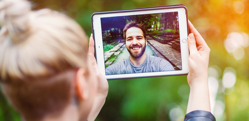 6 simple tips to make your long-distance relationship work| Xpress