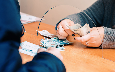 How To Choose The Best Way Send Money